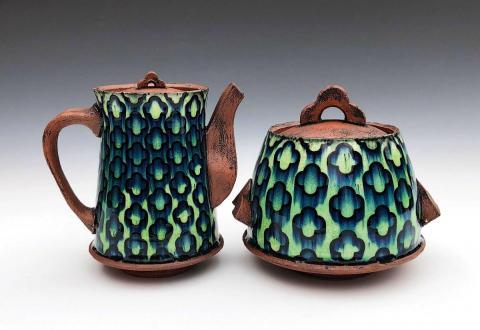 Teapot and Jar by Mike Gesiakowski